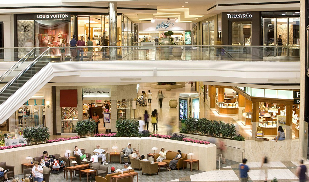 Thank you West Farms for the Disney by Fred K. Photo of Westfarms - West Hartford, CT, United States Westfarms is a decent mall, but I've lived in the area since I was a kid, and it's gotten very upscale. That's not a bad thing I suppose. Things change, things move up, but as a regular guy who looks for decent prices items, I find my 4/4(95).